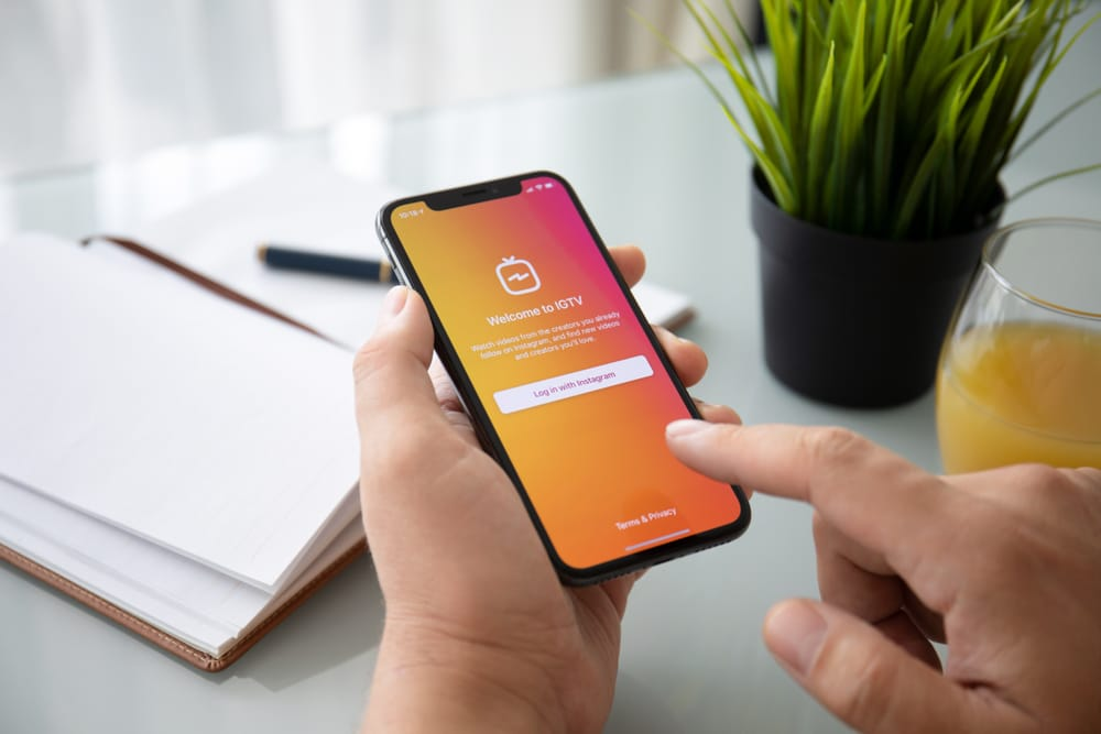 How you can benefit using IGTV - Bonomotion